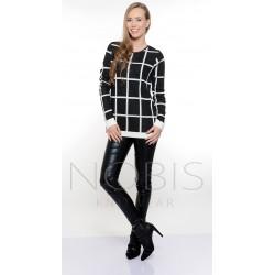 Stylowy sweter w modną kratę